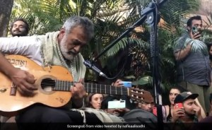 Lucky Ali's Unprepared Gig In Goa.  Do We Need to Say More?