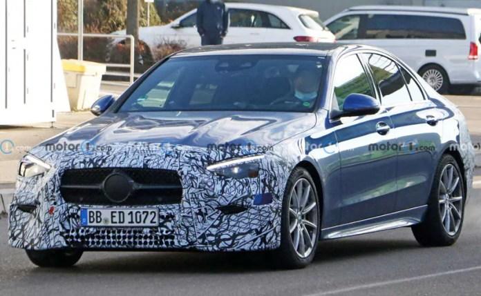 मर्सिडीज-बेंज सी-क्लास का एक नया परीक्षण खच्चर यूरोप में गोल कर देखा गया था।