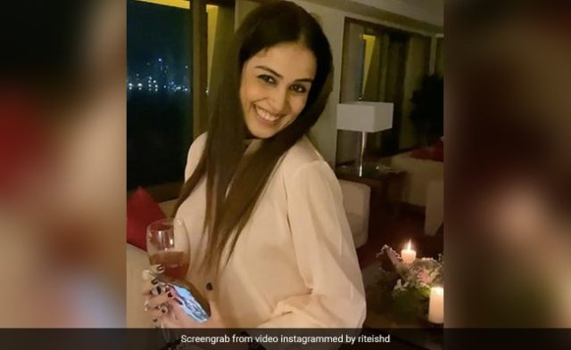 Genelia D'Souza And Riteish Deshmukh Were Not Alone For Their Anniversary Celebrations