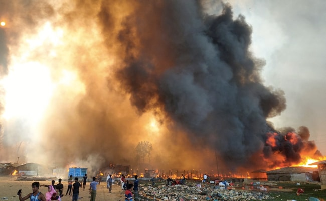 7 Dead, Tens Of Thousands Flee Huge Fire At Rohingya Camp In Bangladesh