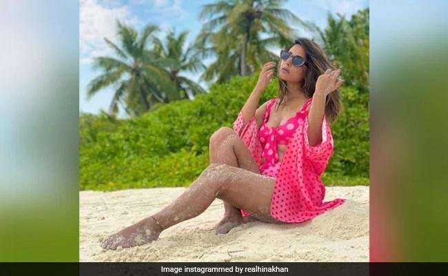 Hina Khan Shares Another Postcard From Maldives. See Pic
