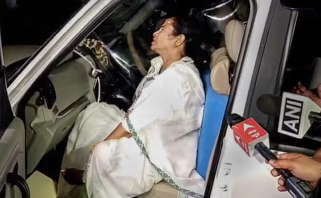 On Mamata Banerjee Attack Charge, The Many Divides Within Congress