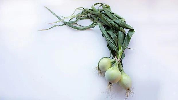 Immunity: Beat Summer Blues With White Onions – Suggests Celeb Nutritionist Rujuta Diwekar