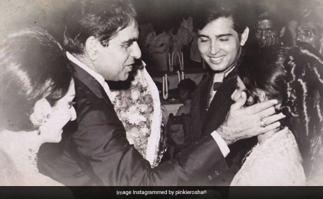 On Rakesh And Pinkie Roshan's 50th Wedding Anniversary, Here Are Some Vintage Pics