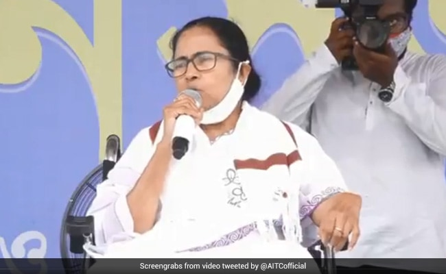 'Unconstitutional': Mamata Banerjee To Sit On Dharna Over Campaign Ban