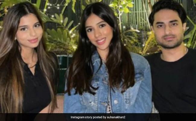 Just A Pic Of Suhana Khan With Cousin Arjun Chhiba. Bonus...A Glimpse Of His Girlfriend