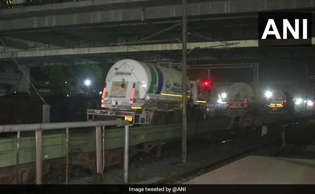 First 'Oxygen Express' Reaches Maharashtra As Hospitals Await Critical Supply