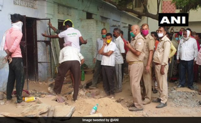 5 Family Members Killed After House Collapses In Uttar Pradesh