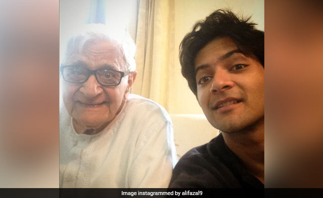 Ali Fazal's Grandfather Dies. Actor Bids Farewell In An Emotional Note | Latest News Live | Find the all top headlines, breaking news for free online April 25, 2021