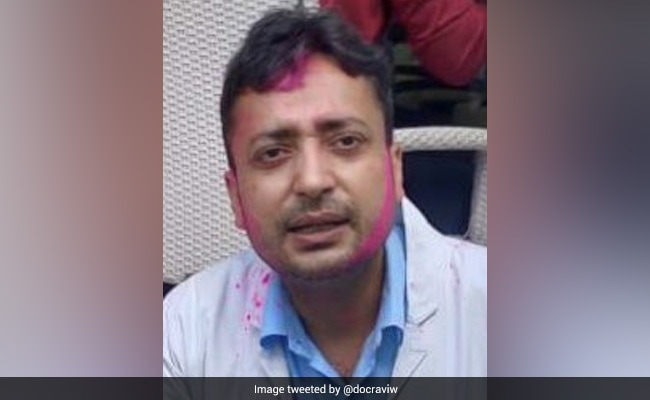 Doctor Working In Delhi Hospital's Covid Ward Dies By Suicide