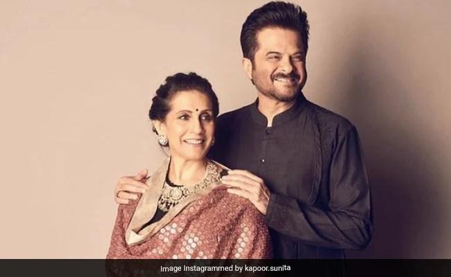सुनीता कपूर की एनिवर्सरी पोस्ट में रमता जोगी के लिए अनिल कपूर के फन डांस की एक झलक