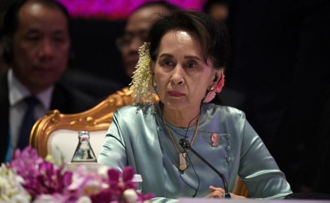 Myanmar's Suu Kyi Hit By 4 New Charges In Mandalay Court