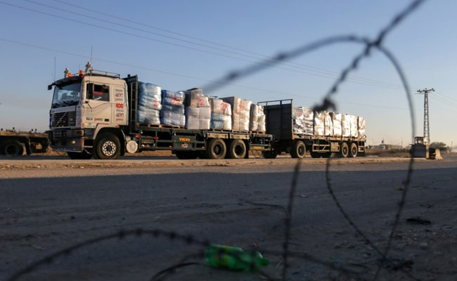 Israel Allows Some Gaza Exports, One Month After Truce