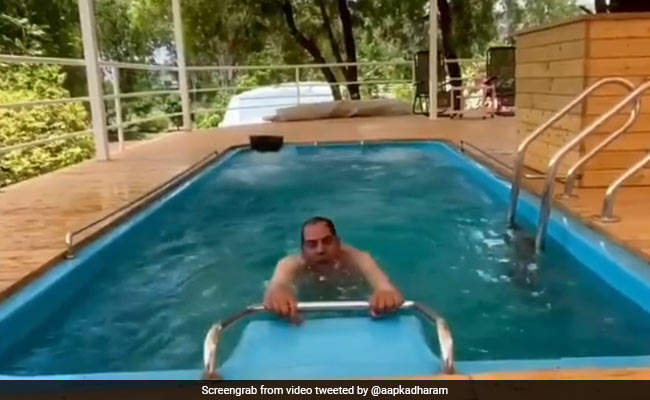 Viral: Dharmendra, 85, Has A New Workout - Water Aerobics