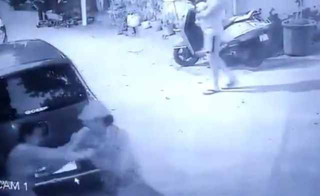 CCTV Shows Woman Being Stabbed Multiple Times By Neighbour In Delhi