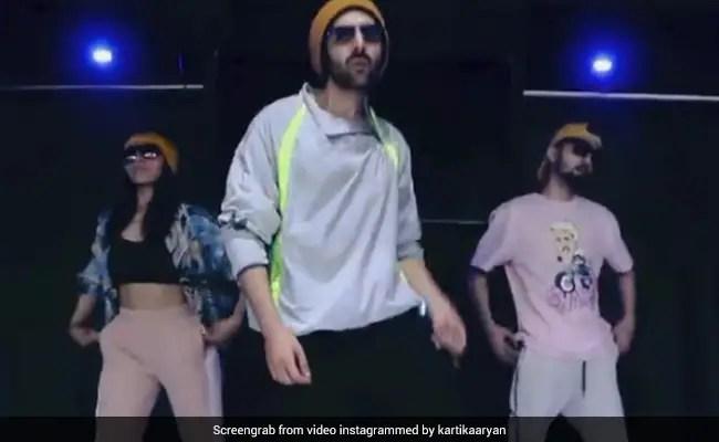 Kartik Aryan ने अल्लू अर्जुन के सुपरहिट गाने 'Butta Bomma' पर किया जोरदार डांस, देखें Video