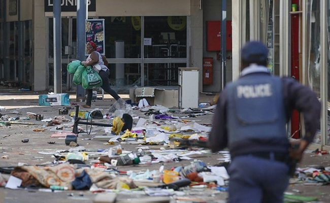 South African Government Asks For 25,000 Troops To Curb Unrest