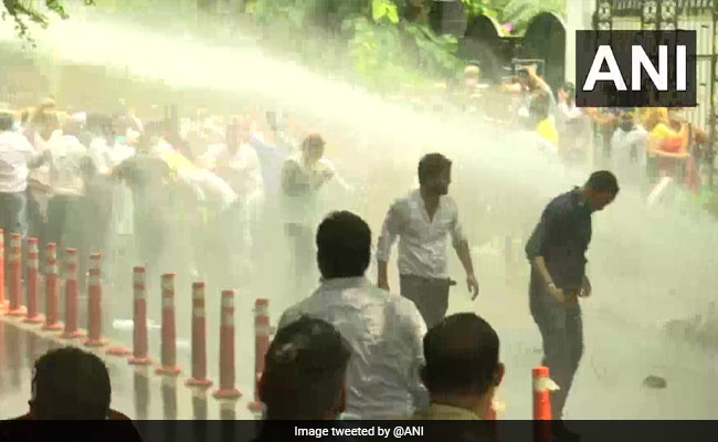 Water Cannon Used On BJP Workers Protesting Over Delhi Water Crisis