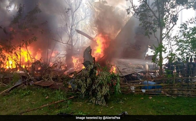 Philippine military plane crash death toll rises to 50 | The Bharat Express  News