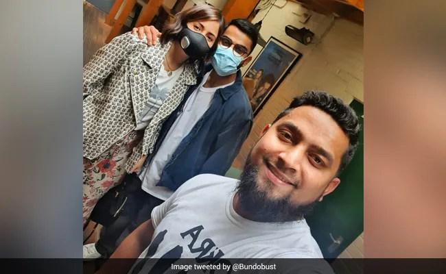 Viral: Anushka Sharma And Virat Kohli's Lunch Date Pic From England