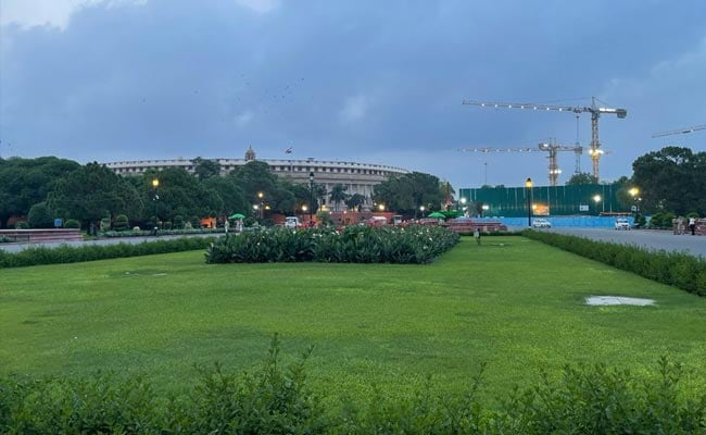 Defense Ministry Vacates 700 Offices For New PM Residence Near Rajpath