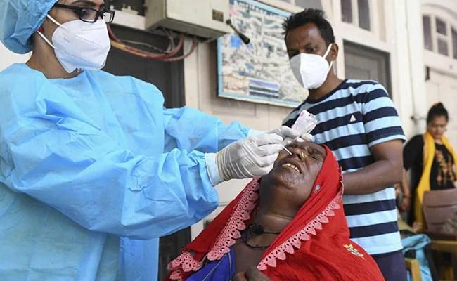 देश में कोरोना से एक दिन में 200 से ज्यादा मौतें, 24 हजार से अधिक लोग निकले पॉजिटिव