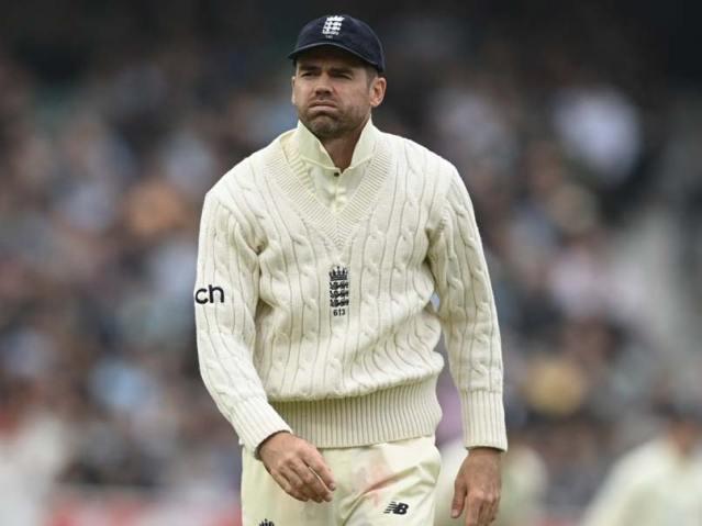 """5वें टेस्ट बनाम भारत के बाद जेम्स एंडरसन का इमोशनल पोस्ट """"घरेलू मैदान"""" ओल्ड ट्रैफर्ड रद्द"""