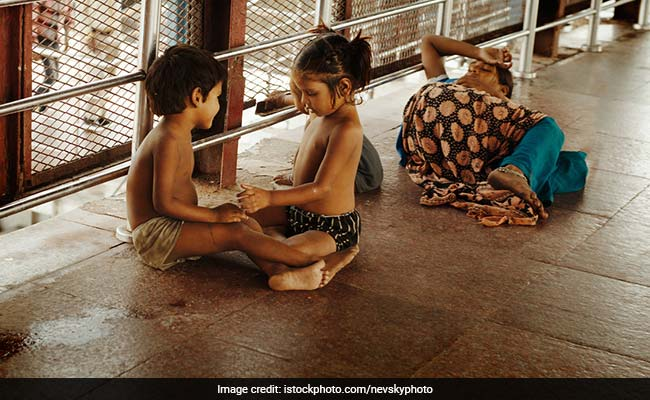 Supreme Court Directs States To Apprise It Of Migrant Children, Their Condition