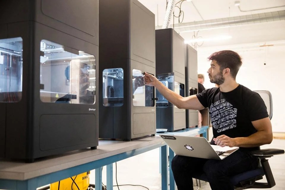 David Benhaim, with 3-D printers at Markforged.
