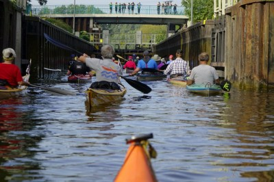 Free Images : boat, flood, thailand, worker, boating ...