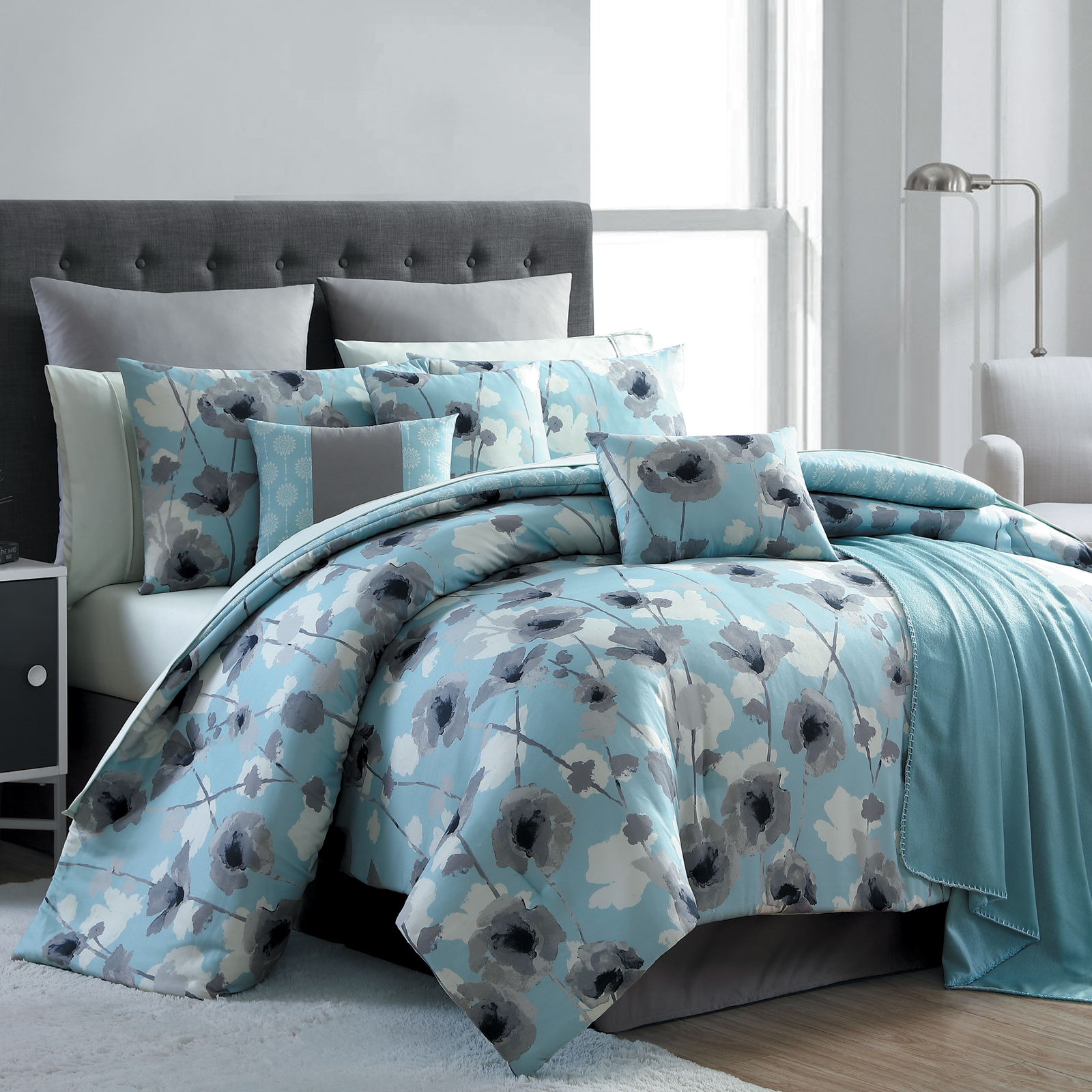 Essential Home 16 Piece Complete Bed Set Blue Poppy