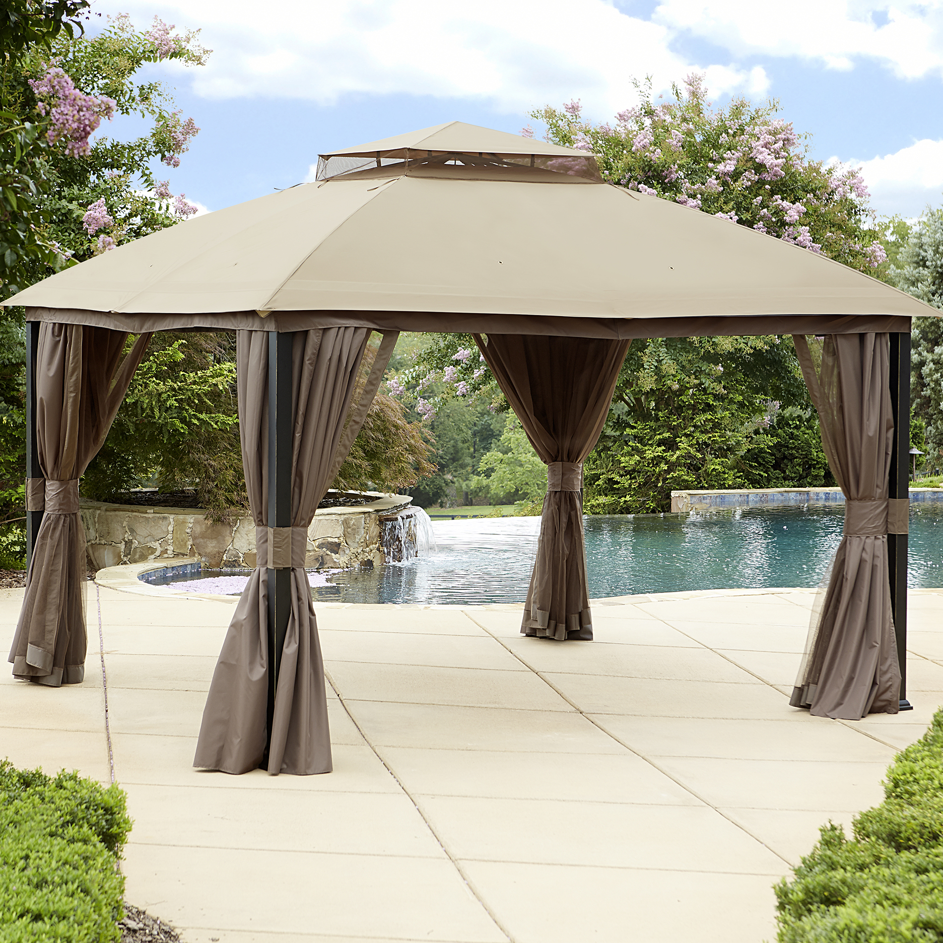 Garden Oasis 10 X 12 Privacy Gazebo With Mosquito Netting