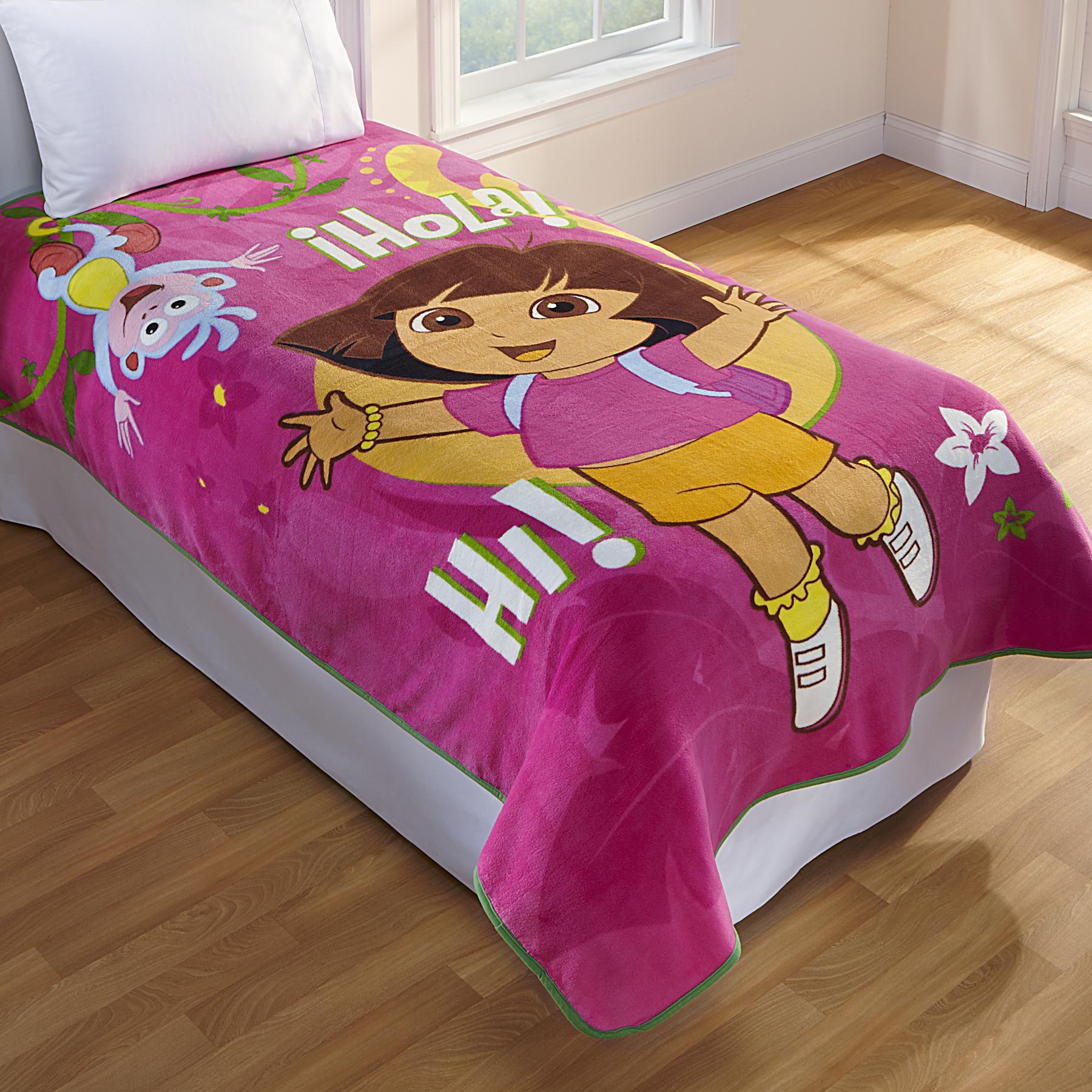 Nickelodeon Girls Dora The Explorer Fleece Blanket
