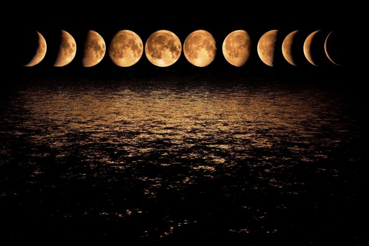 Time lapse picture of Moon phases