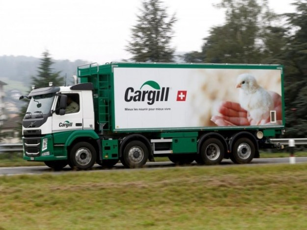 A Cargill logo is pictured on a truck. PHOTO: REUTERS