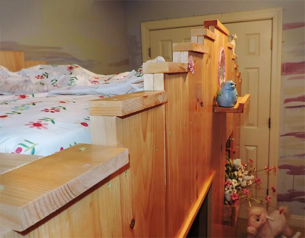 Top bunk of fairytale bunkbed