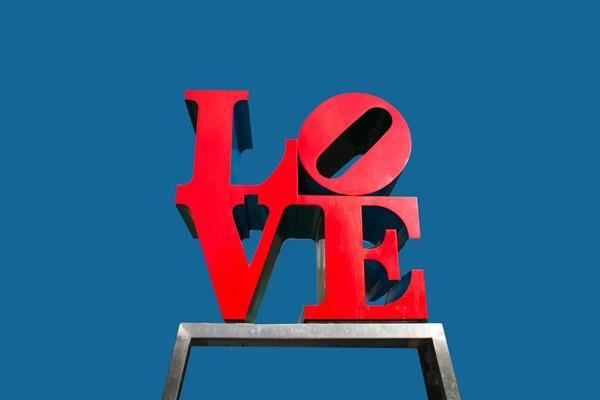 https://i2.wp.com/c0486872.cdn.cloudfiles.rackspacecloud.com/love-statue-philadelphia-600.jpg