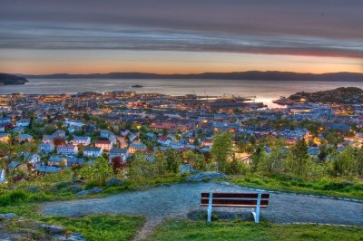 Trondheim by night | Picture is taken from Kuhaugen a ...