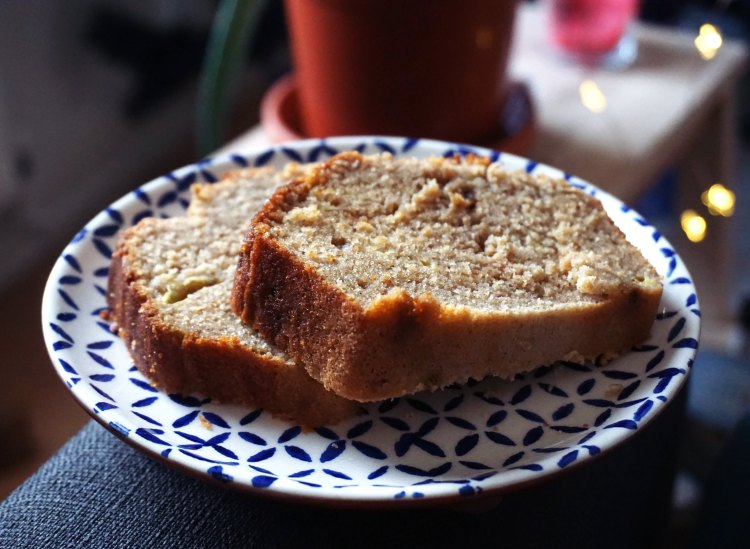 Gluten free banana bread slices - kimi eats gluten free