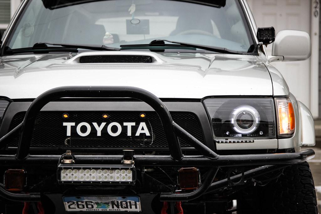 Custom 2000 Toyota 4runner