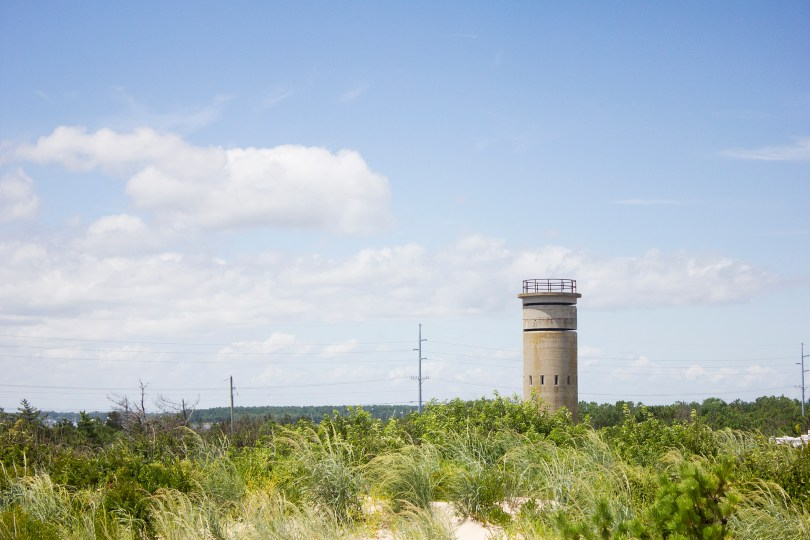 fort-miles-delaware-battery-tower-sand