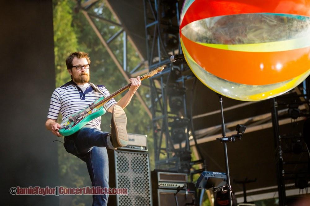 Weezer Performing at Pemberton Music Festival in Pemberton, BC on July 2015