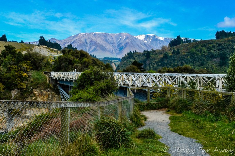 Built in 1882, the Rakaia Gorge Bridge is near the start of the Walkway.