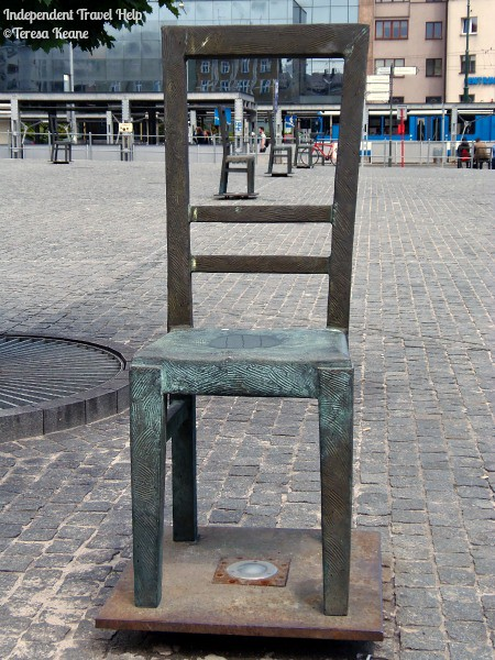 Empty Chairs Memorial, Krakow