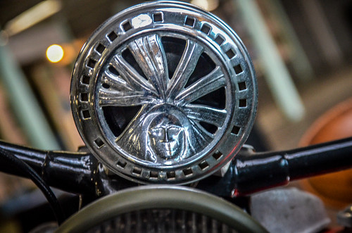 Antique Indian Motorcycle-002