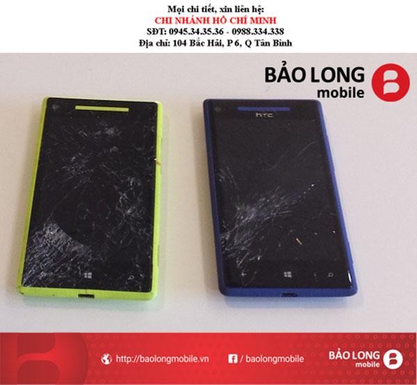 Màn hình HTC 8X gặp phải lỗi bị đơ, làm sao để sửa chữa? Có cần phải thay?