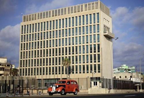 Proyecto de ley en EU prohíbe fondos para embajada en Cuba