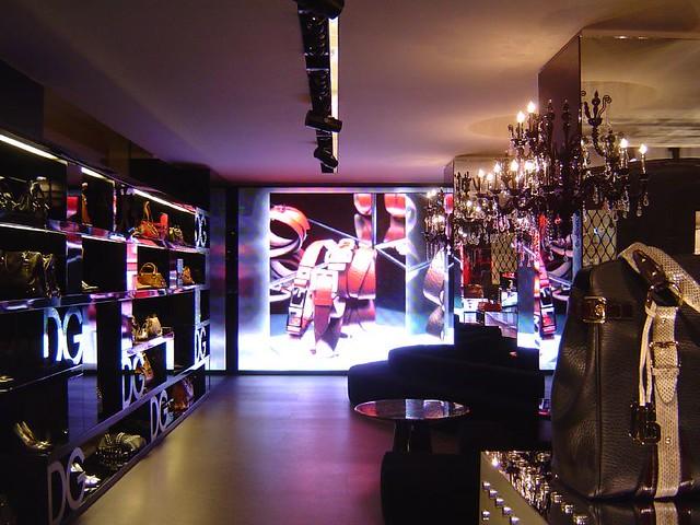 Dolce Amp Gabbana Shop In Quadrilatero Della Moda Via Della