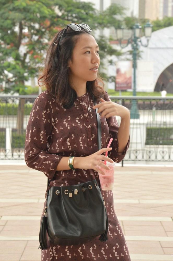 vintage retro dress, zara black leather bucket bag, raybans, the venetian macao, macau, summer outfit