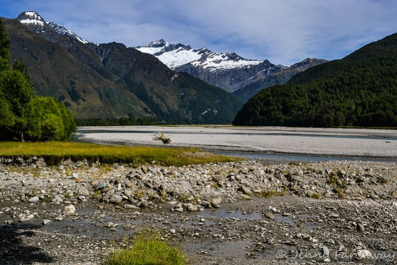 View along the road to Rob Roy Glacier.